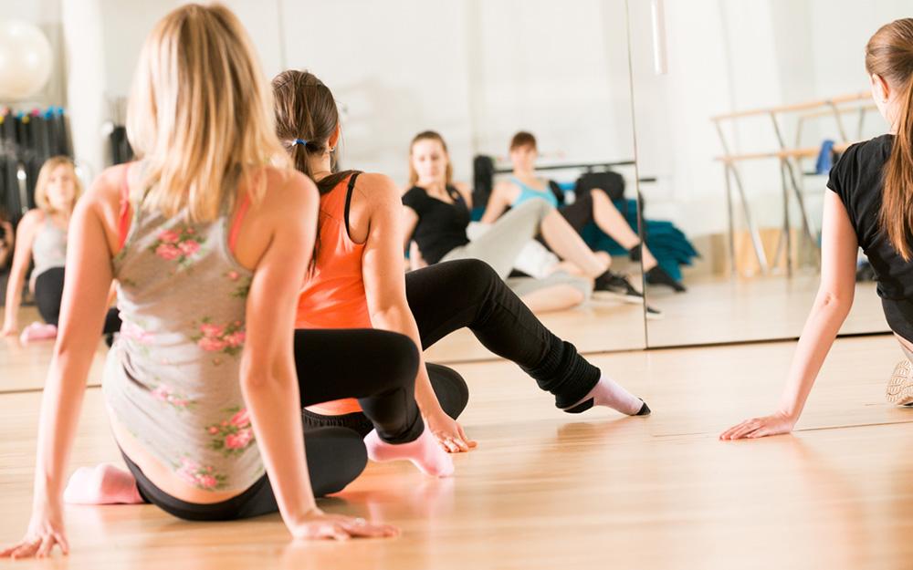 dance-class-women